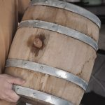 как подготовить деревянную бочку к первому использованию