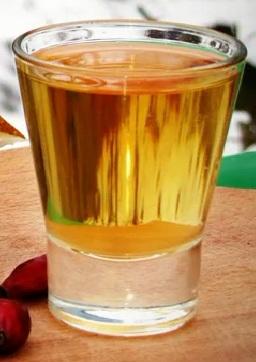 как приготовить водку на шиповника