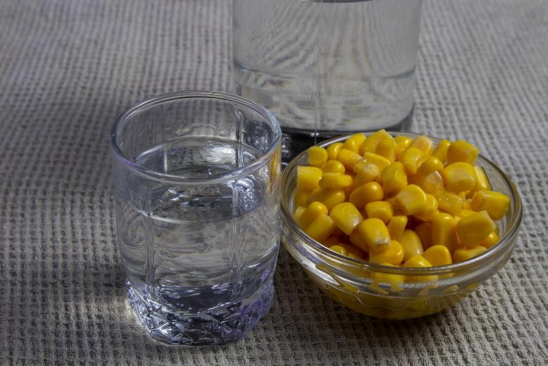 фото самогона из кукурузы