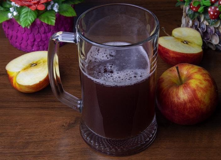 Хлебно-яблочный квас без дрожжей фото