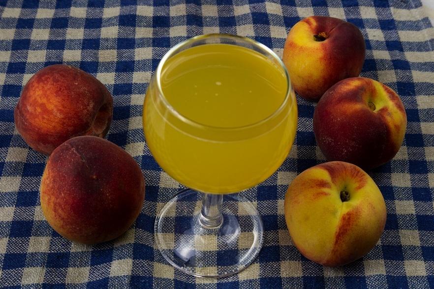 домашнее вино из персиков