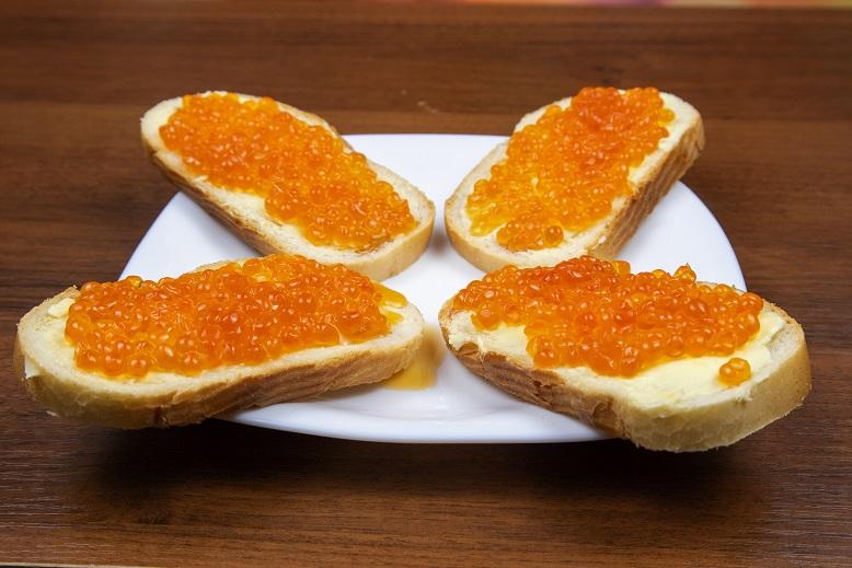 фото бутербродов с красной икрой