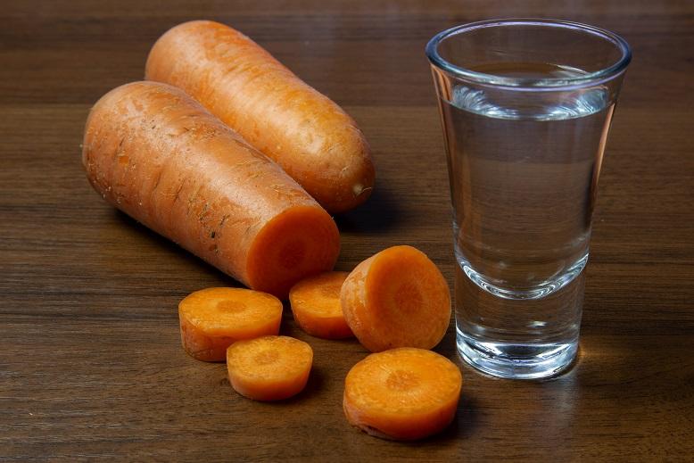 фото самогона из моркови