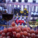 фото красного и белого вина