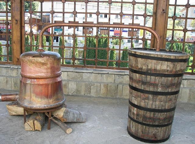 фото болгарского самогонного аппарата для производства ракии