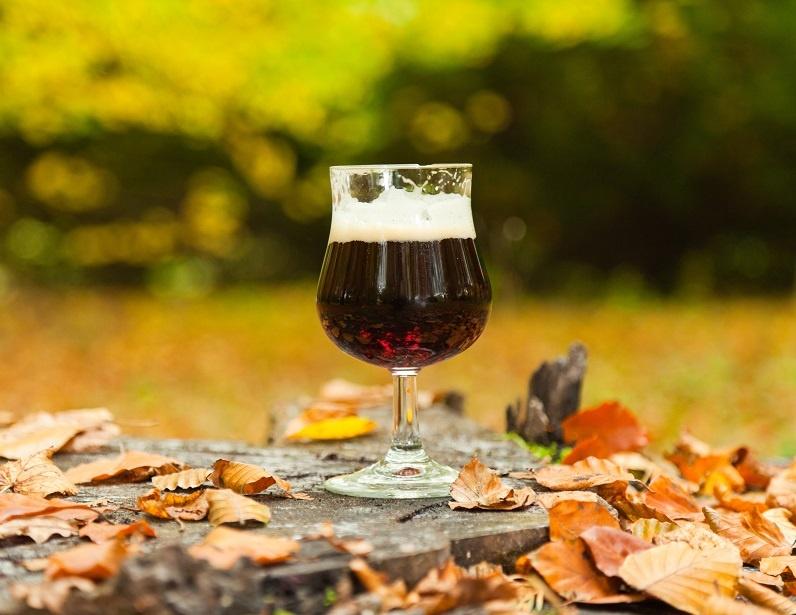 Темное пиво бок фото