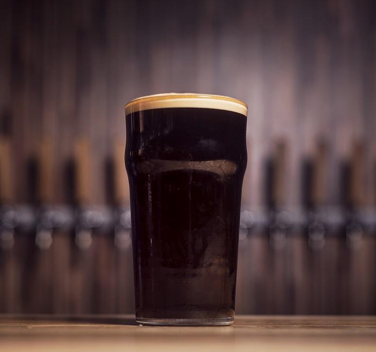 фото пива темный лагер