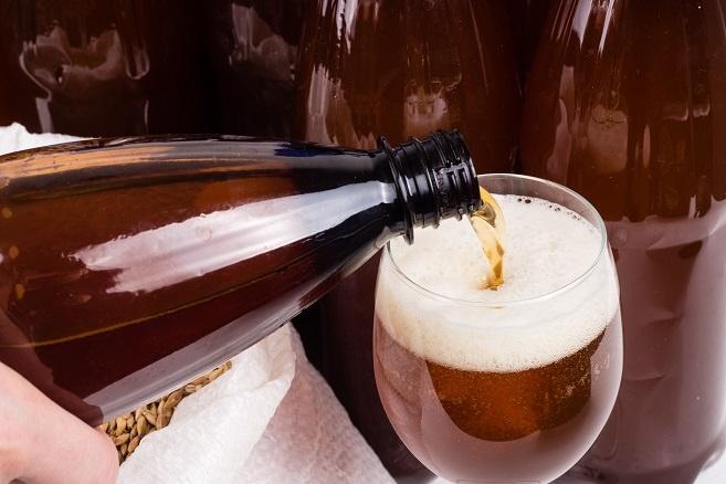 фото пива в пластиковых бутылках