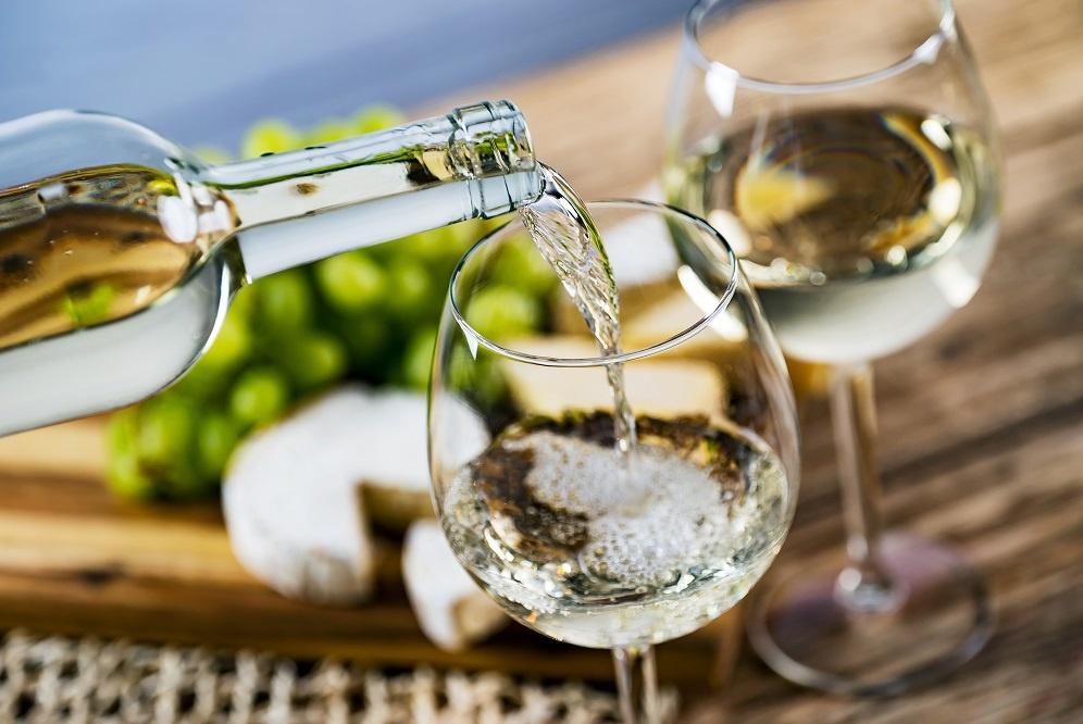фото белого вина мерло