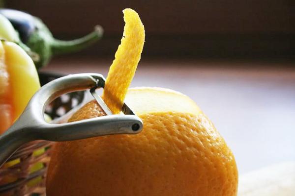 как правильно снять с грейпфрута цедру