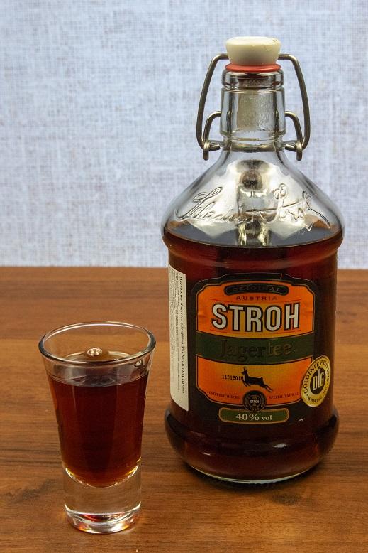 фото бутылки австрийского рома штро