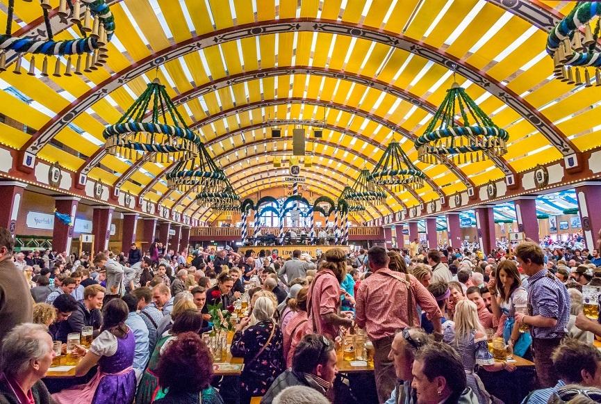 немецкий пивной фестиваль Октоберфест