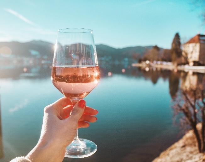 фото розового вина Пино Гриджио