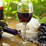 suxoe-krasnoe-ispanskoe-vino-foto
