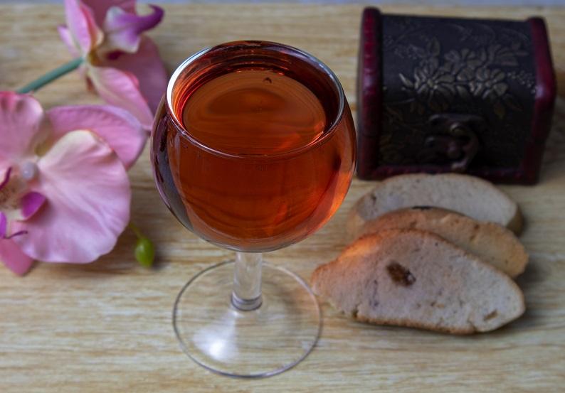 вино из ревеня фото