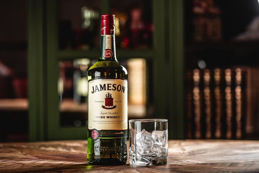 фото ирландского виски Джемесон