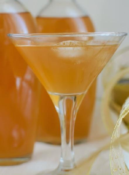 персиковый ликер с косточками фото