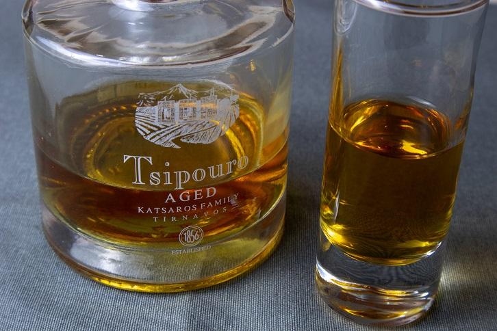 фото выдержанного напитка ципуро