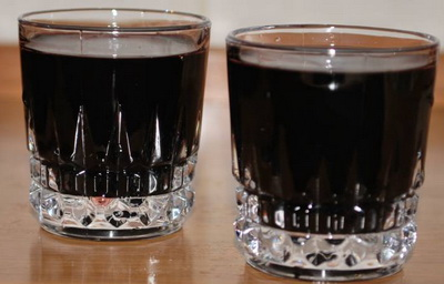 Наливка из черемухи в домашних условиях (с водкой и без)