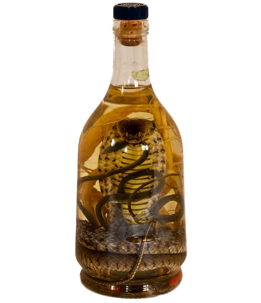 фото водки с коброй