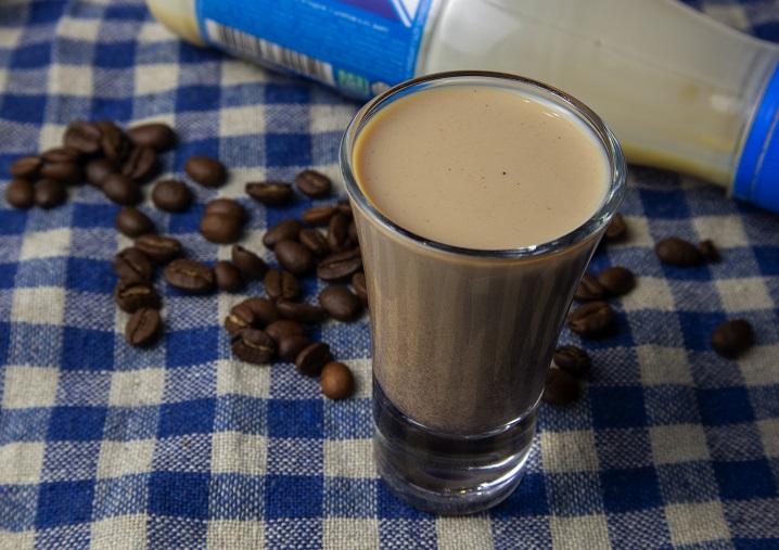 Кофейный ликер со сгущёнкой фото