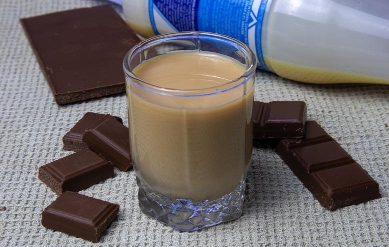 Шоколадный ликер со сгущёнкой фото