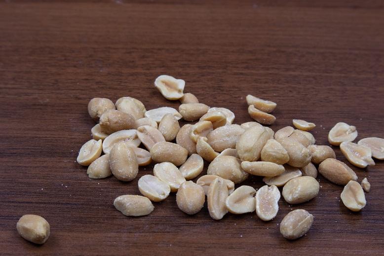 фото солёного арахиса к пиву