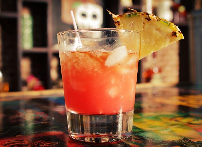 коктейль пунш плантатора фото