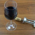 фото как нужно открывать вино штопором