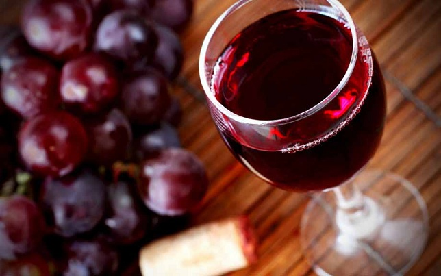 Как влияет красное сухое вино на артериальное давление