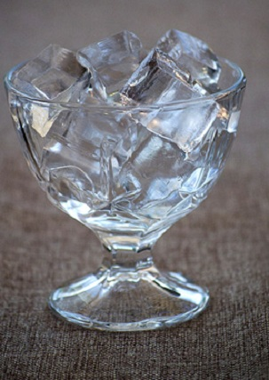 фото самодельного льда в вазе