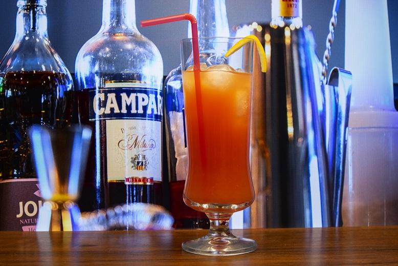 фото алкогольного коктейля Гарибальди кампари оранж