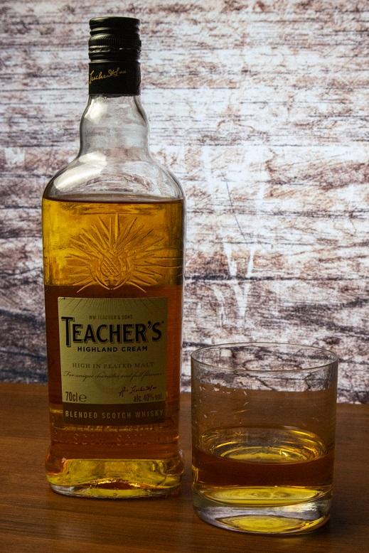 фото бутылки виски Тичерс