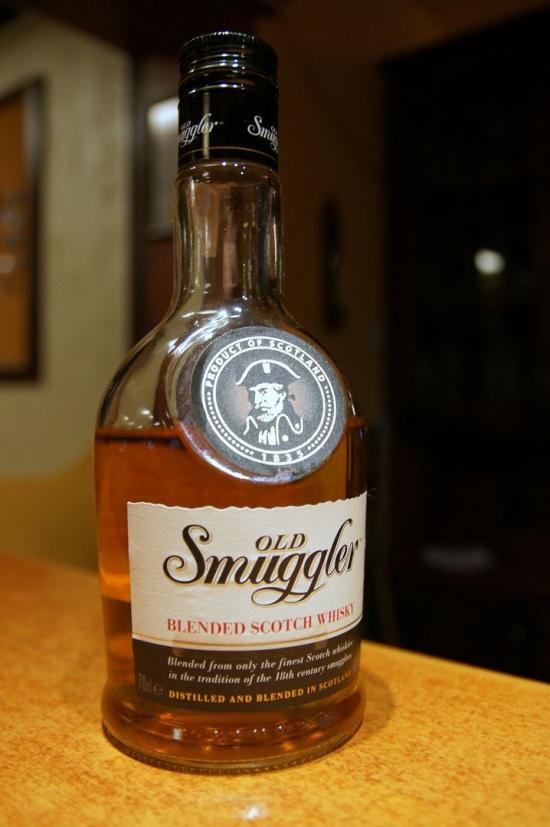 фото виски Old Smuggler