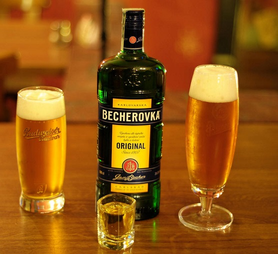 фото бехеровки с пивом