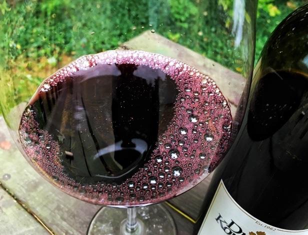 цвет вина саперави фото
