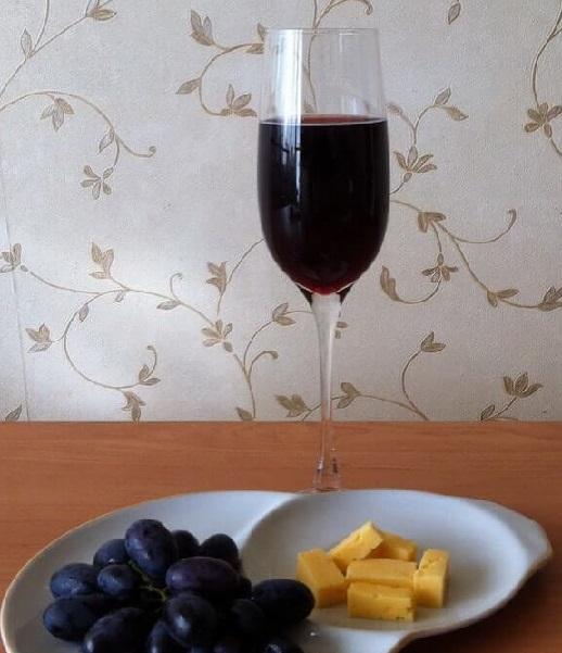 фото готового виноградного вина с добавлением воды
