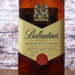 фото этикетки виски Ballantine's