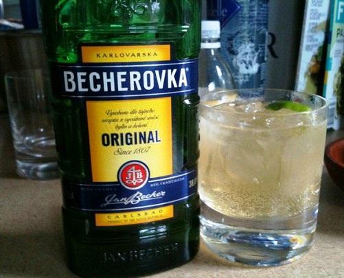 фото бехеровски с водкой и тоником