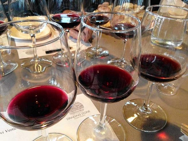 как правильно пить грузинское сухое вино саперави фото
