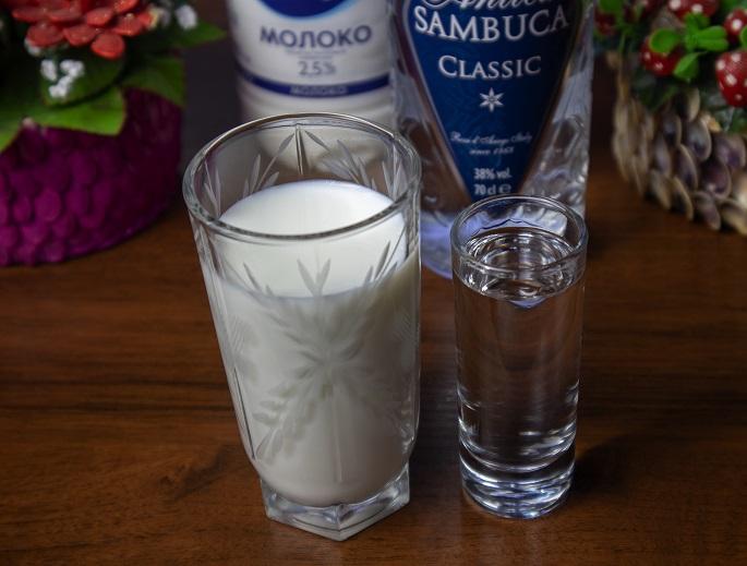 фото самбуки с молоком