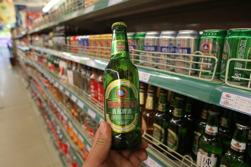 марка китайского пива Tsingtao