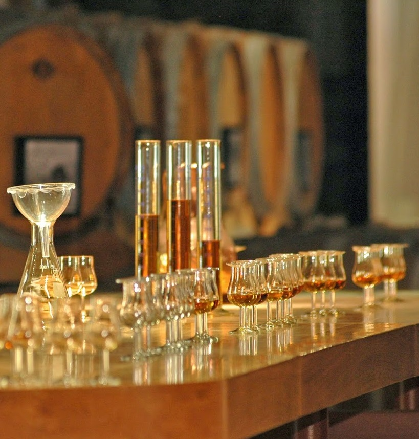 фото процесса купажирование виски