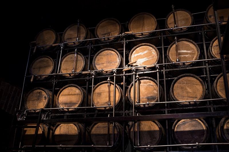 фото выдержки виски в бочках