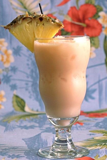 Амаретто с ананасовым соком