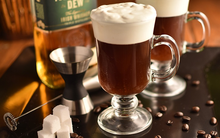 фото ирландского кофе с виски