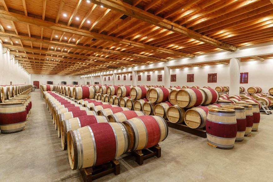 фото бочек для выдержки вин Бордо