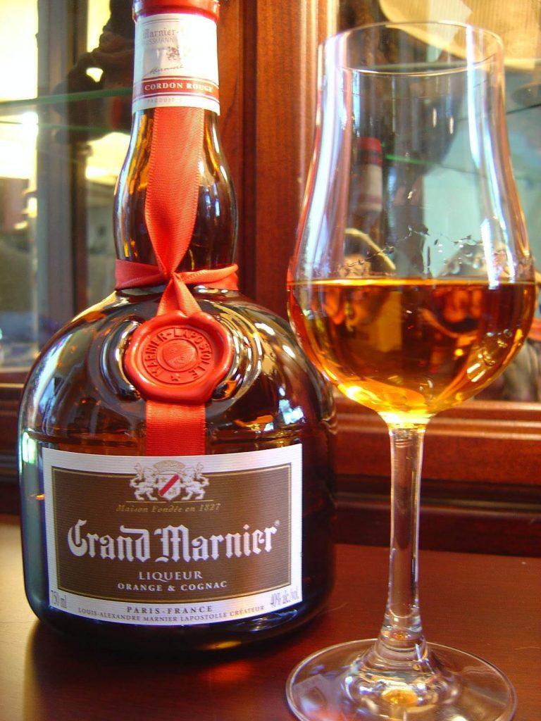 фото как правильно пить ликер Гранд Марнье