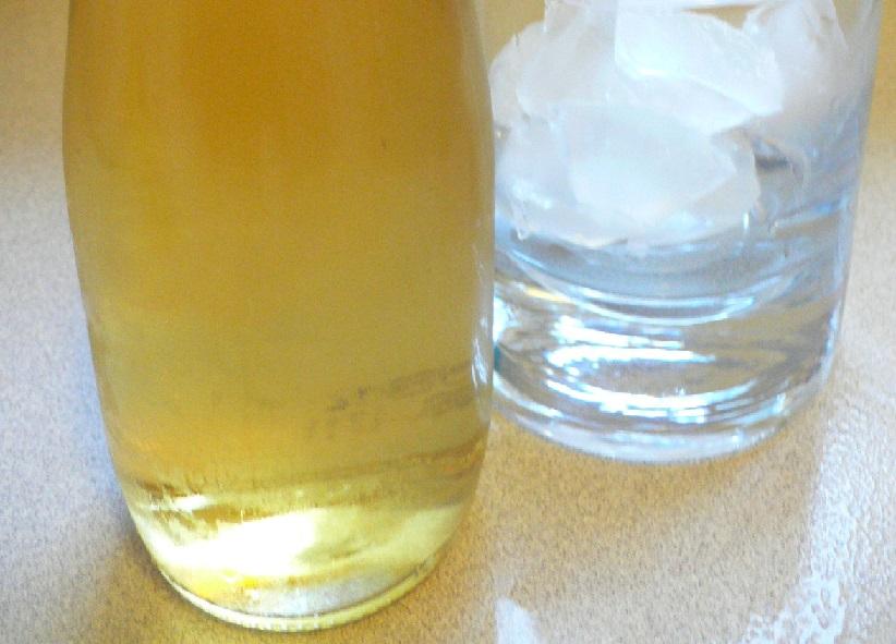 фото домашней наливки из фейхоа на водке
