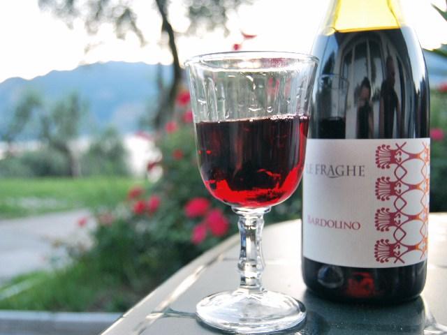 фото красного вина Бардолино